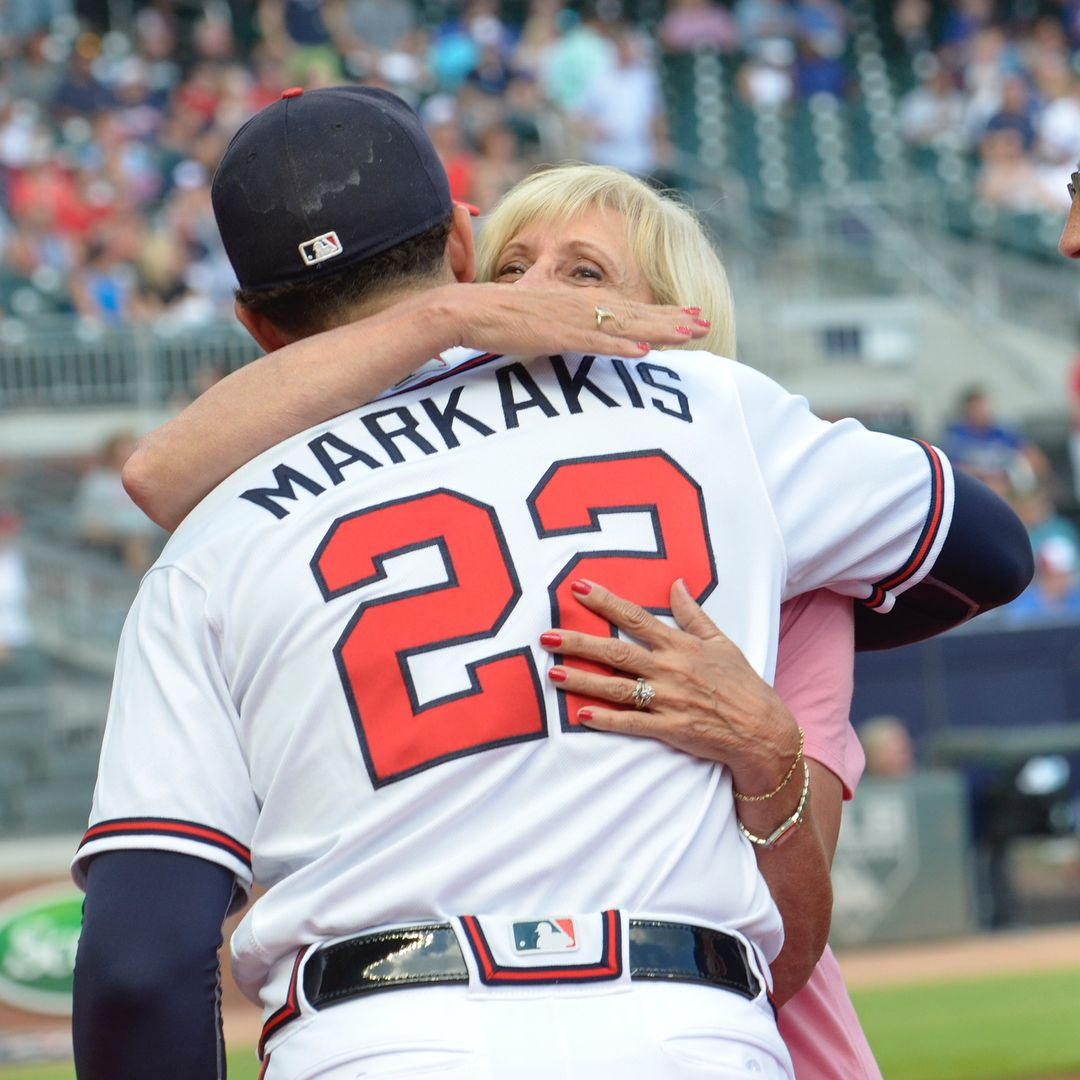 Nick Markakis Receives His First All Star Jersey From His First Fans Mom Dad Nick Markakis Atlanta Braves Braves