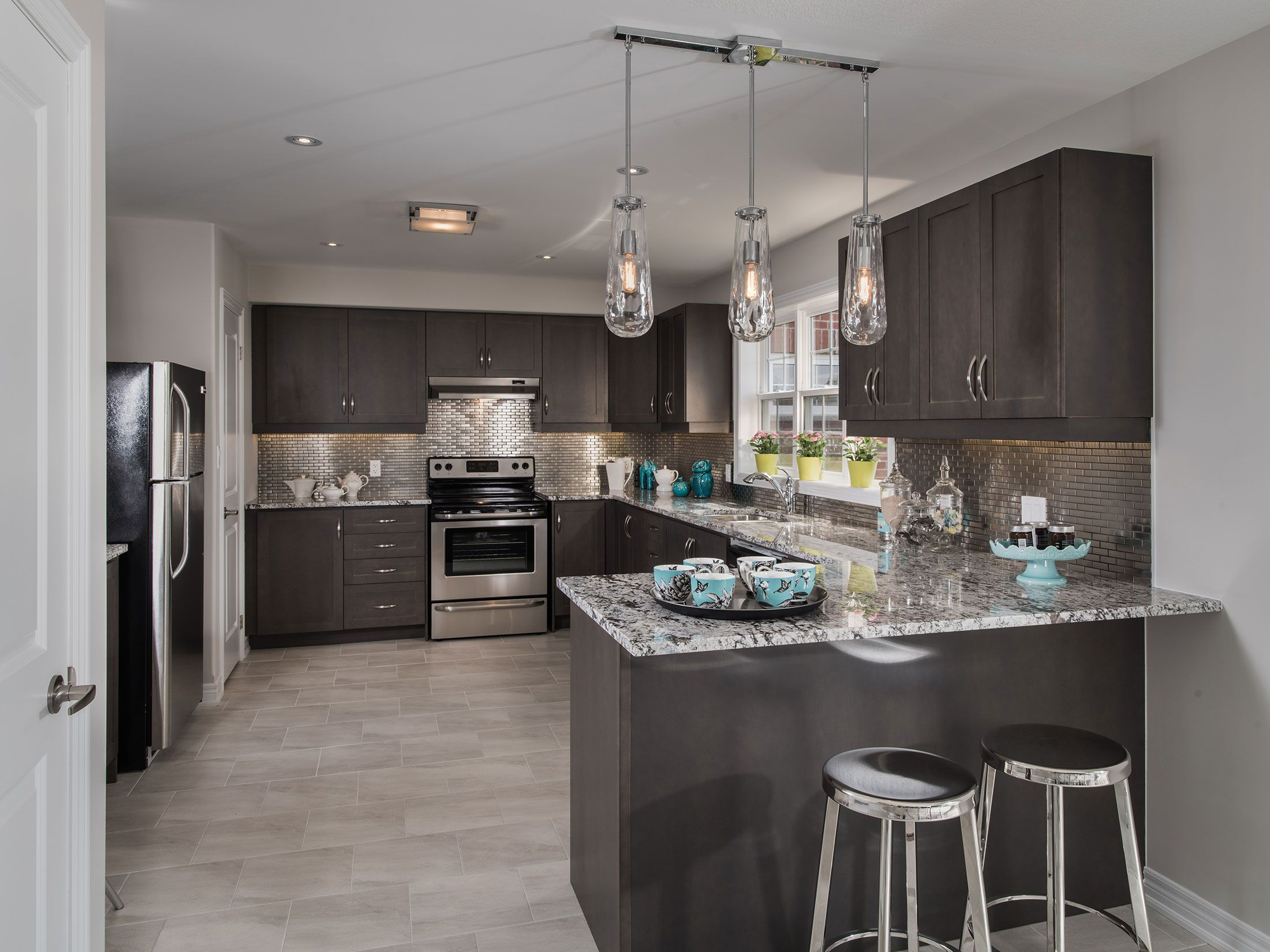 Luxury Has Never Been So Convenient And Affordable With Mason New Homes In Barrie Kawarthas Lindsay And Across Ontario En Mason Homes Bungalow Design Home