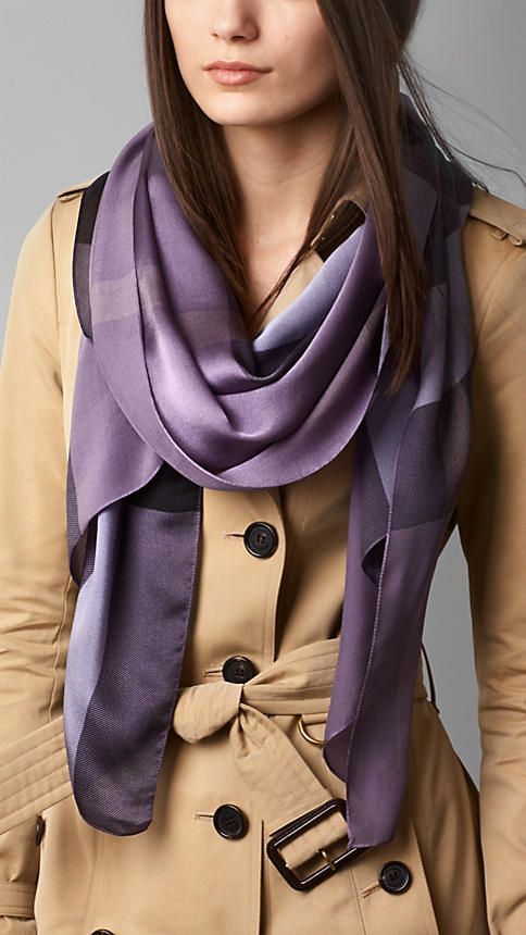 e24a26d1a49f Burberry purple scarf