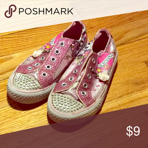 Sketchers Girl's Tennis Shoe with Pink Rose Charm