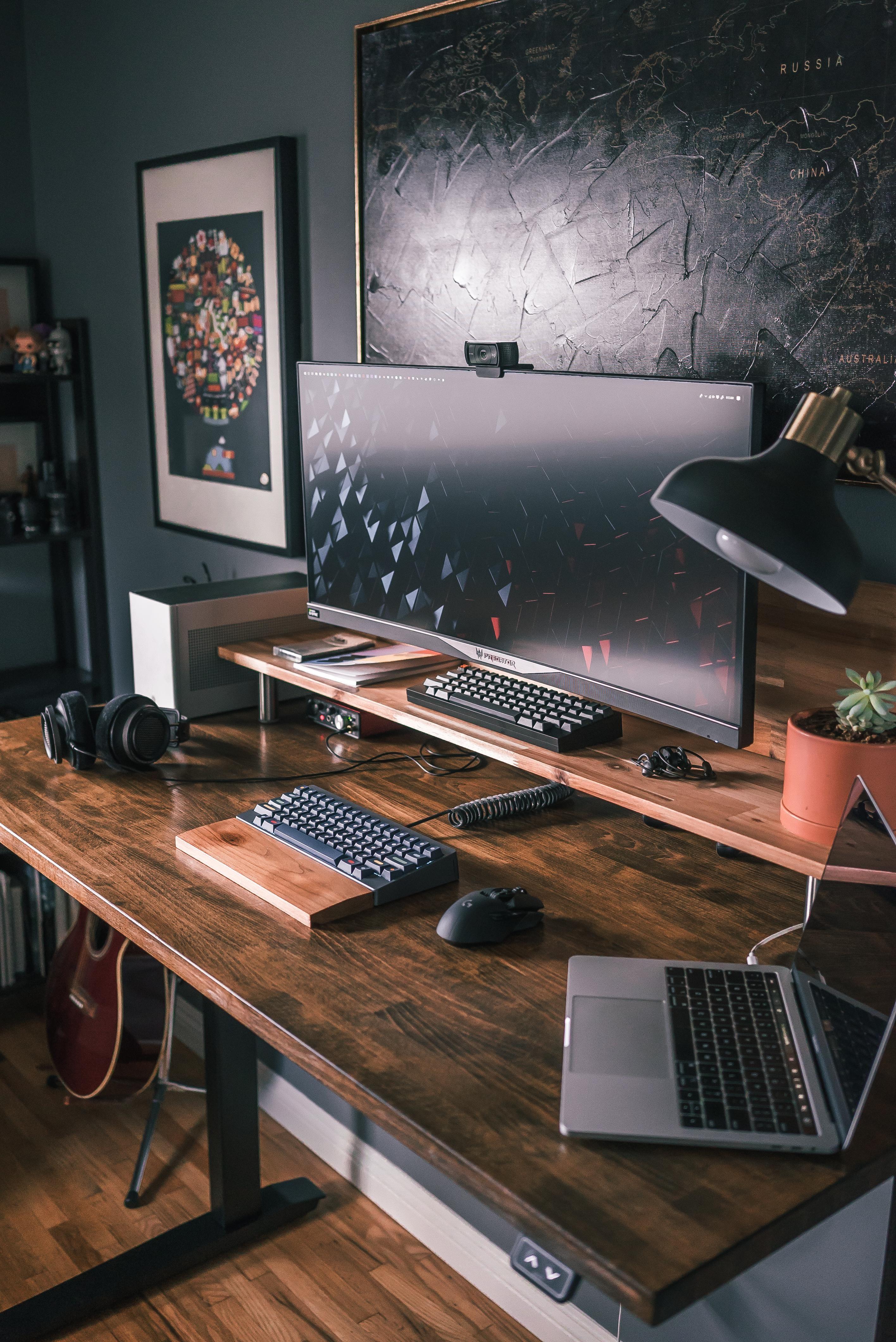 Desk setup inspo from Pinterest