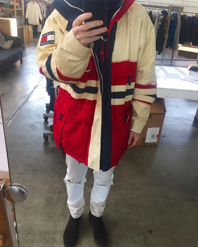 Instagram media by ernestoavenia - my 1990 @tommyhilfiger vintage jacket ..... #tommyhilfiger #tommy #styleisonething #ernestito #vintage90s #