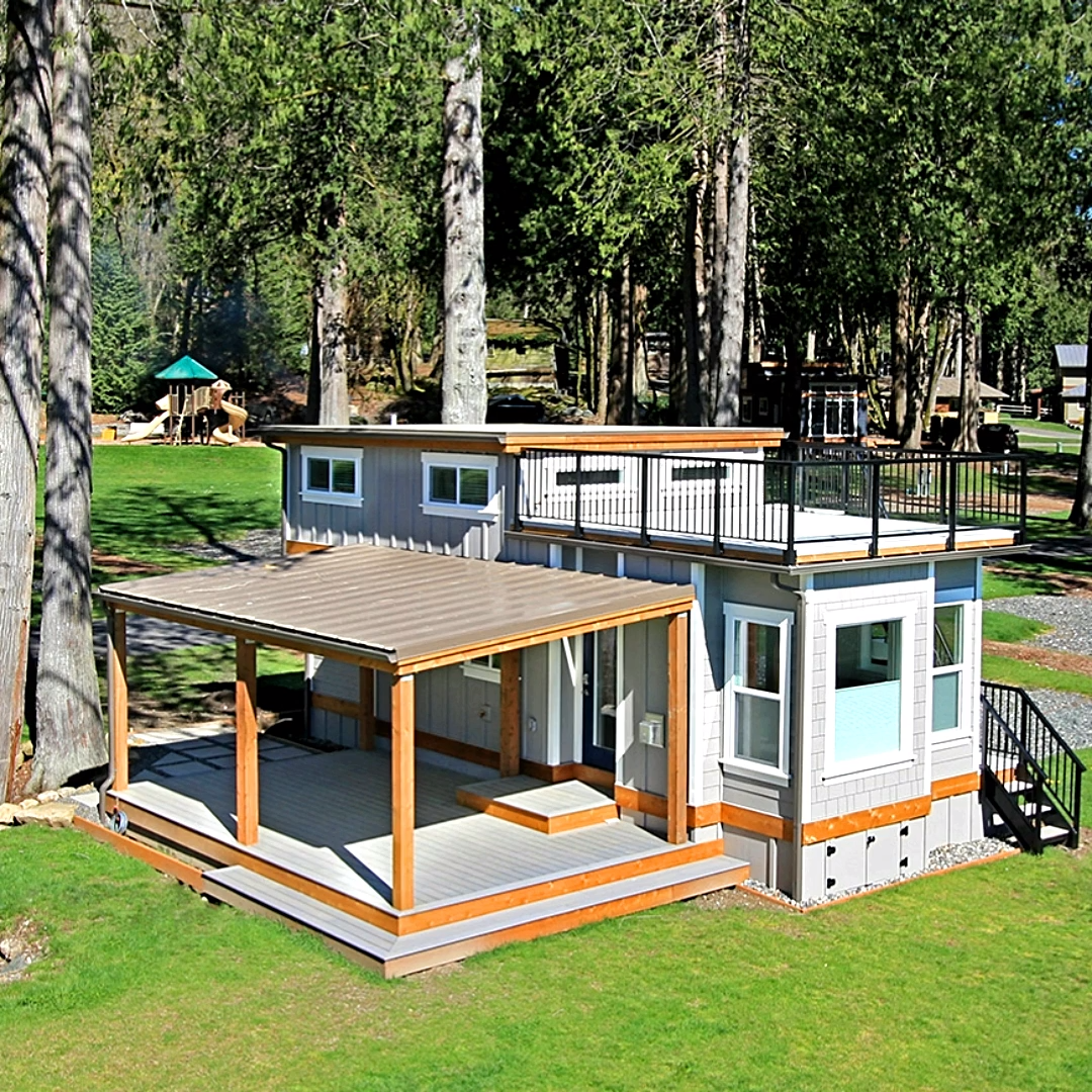 Tiny House With Wide Open Floor Plan
