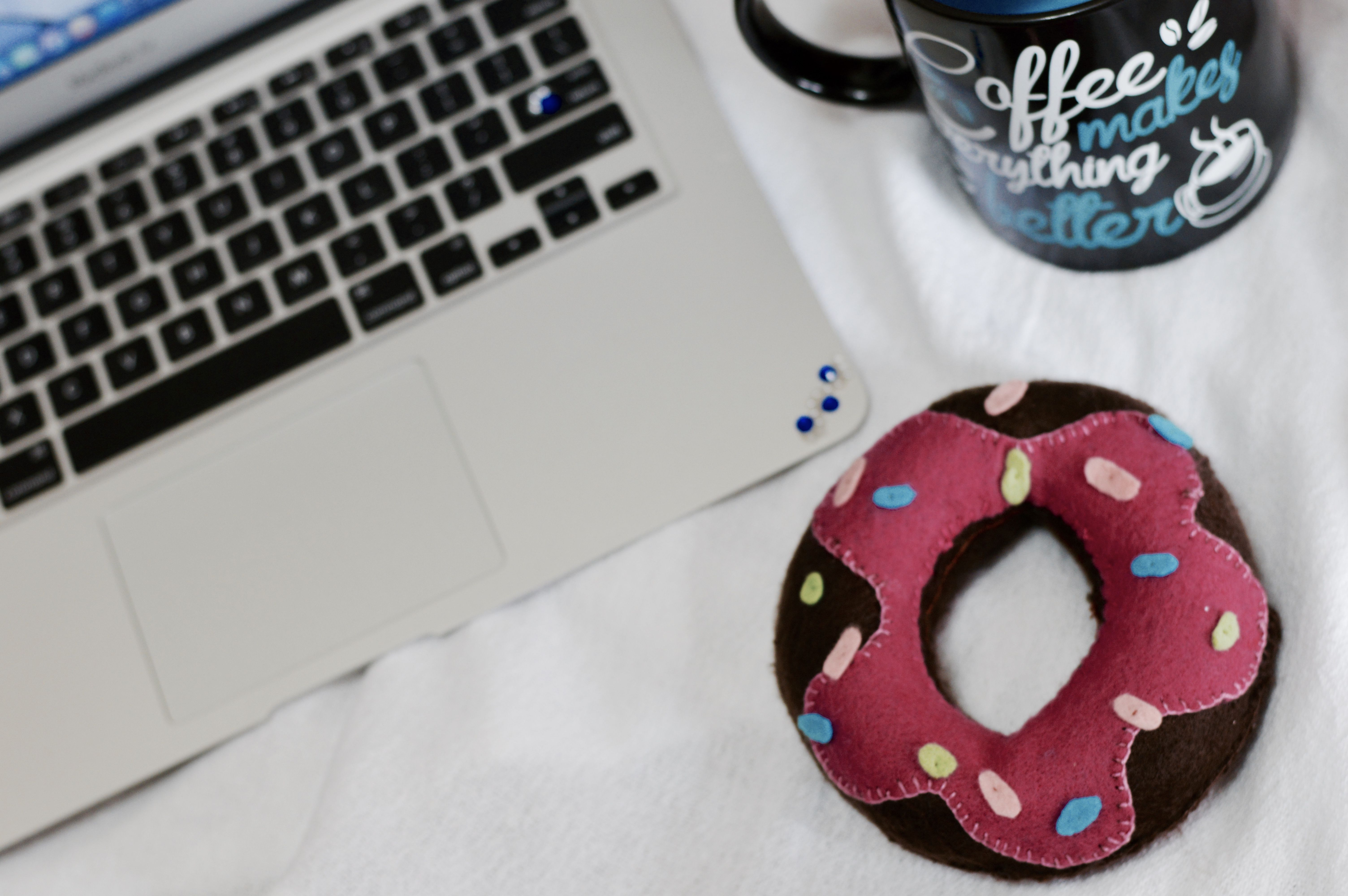 Donuts lindo de gostoso na Lojinha! :D https://www.facebook.com/perastore/  e @enjoei