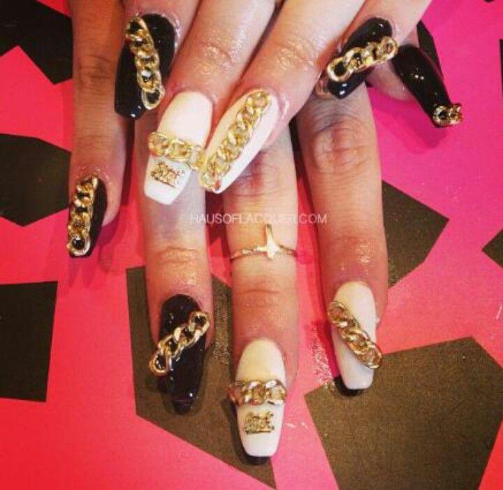 Gold Chain Nail Art Nail Art Pinterest Nails Nail Art And