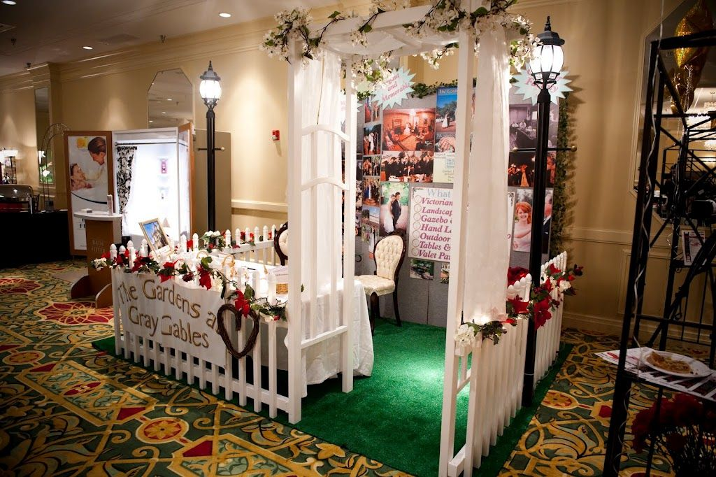 venue bridal show booth idea the gardens at gray gables image by mccardell photography - Photo Booth Design Ideas