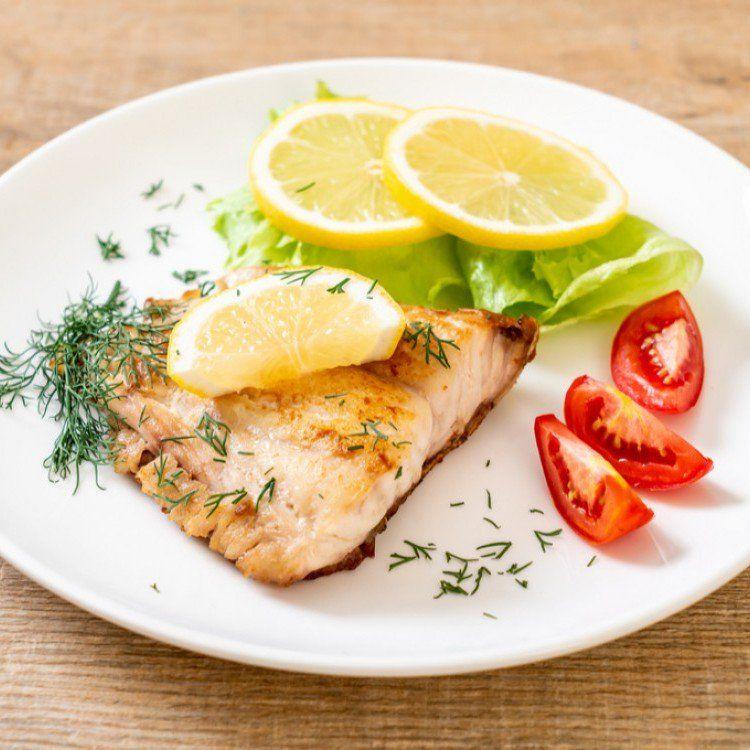 سمك فيليه مع الشبت والليمون بالفرن للرجيم مطبخ سيدتي Recipe Food Chicken Meat