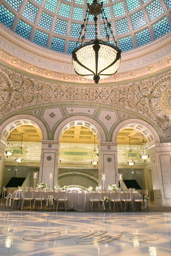 Classic City Wedding At Chicago Cultural Center Strictly Weddings Chicago Cultural Center Chicago Cultural Center Wedding Cultural Center