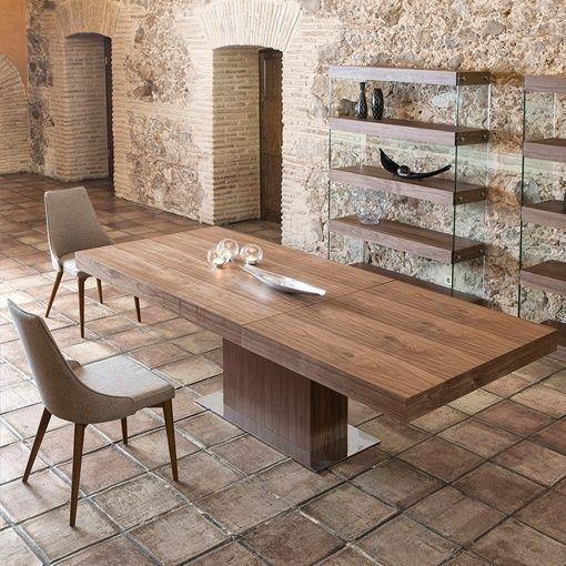 Mesa de comedor de madera extensible, de Angel Cerdá Proyectos que