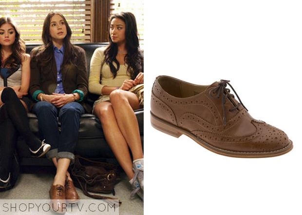 Spencer Hastings (Troian Bellisario) wears these brown oxford brogues in  this episode of Pretty Little Liars. It is the Steven by Steve Madden  'Melin' ...