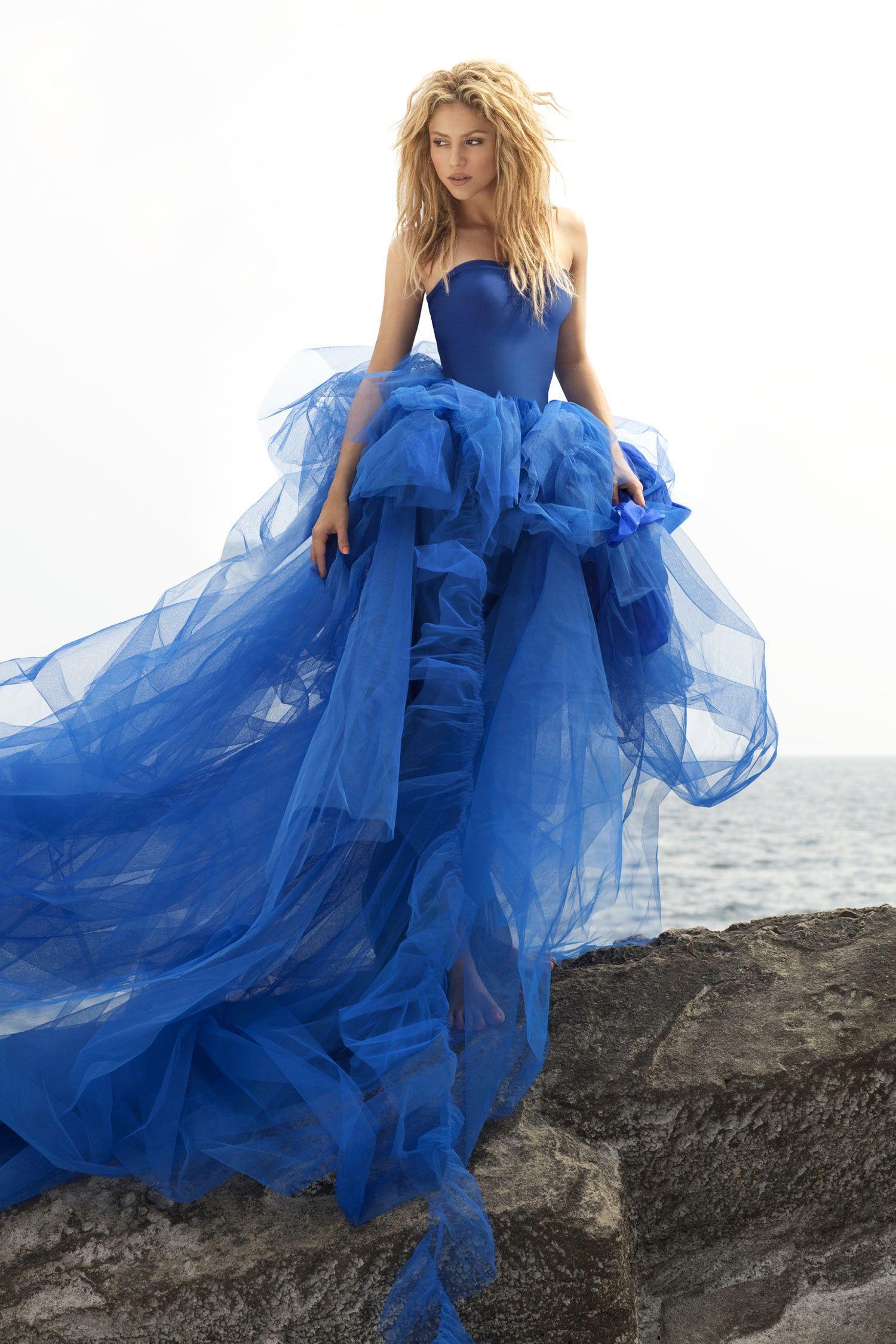 c6d69d2111 Shakira – Photoshoot by Jaume de Laiguana 2011