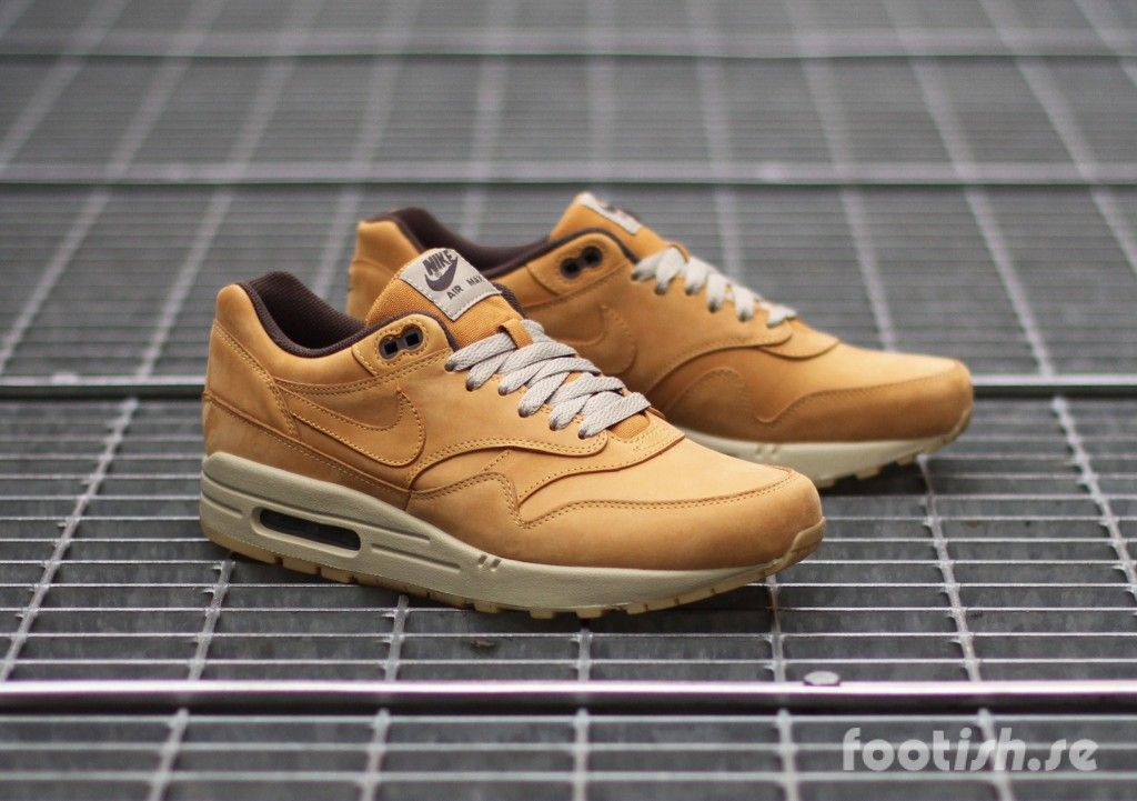 size 40 9924e 84467 Nike Air Max 1 Leather Premium 705282-700   Footish