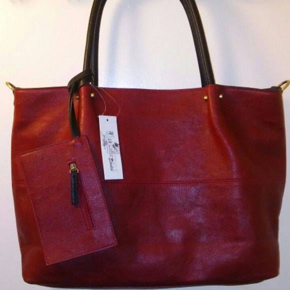 ⭐HP⭐Catwalk Studio Vegan Big Tote Red and Black Big Tote + just ...