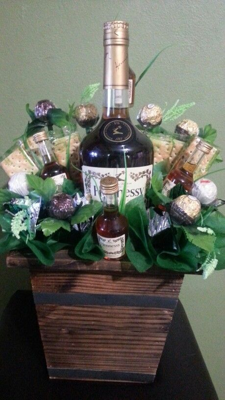 Hennessy Milk Chocolate And Biscuit Bouquet Made By Chocollete Treats Valentine S Day Gift Baskets Liquor Gift Baskets Alcohol Gift Baskets