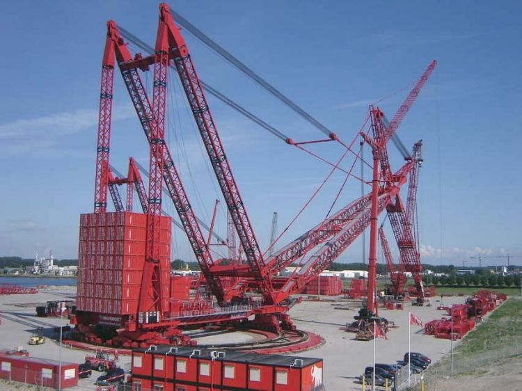 Videos The World S Biggest Super Cranes With Images Heavy