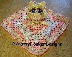 Knotty Hooker Designs: Miss Piggy Lovey Blankie