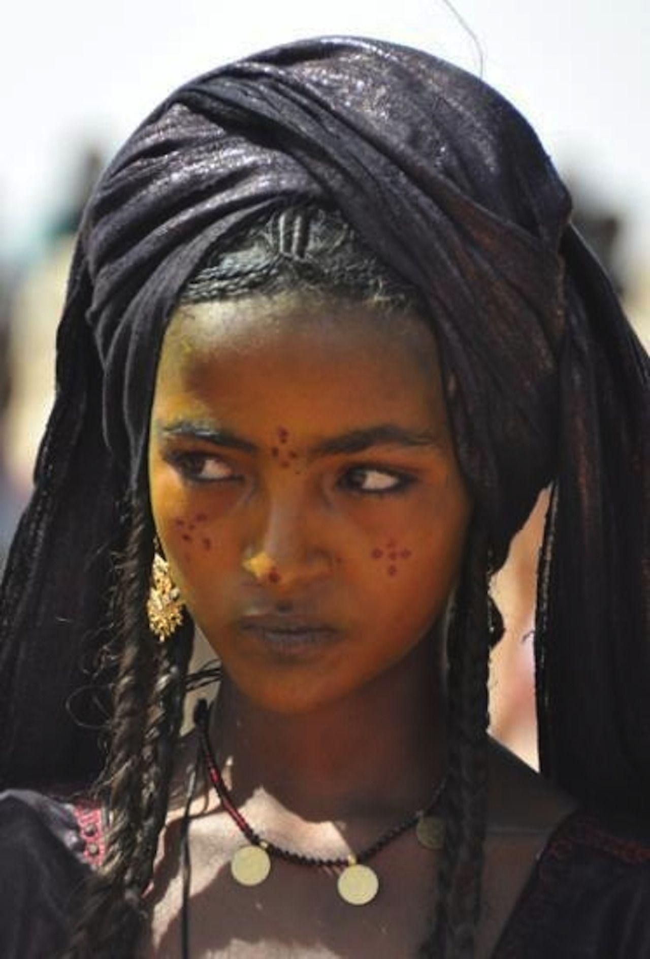 maquillage femme touareg