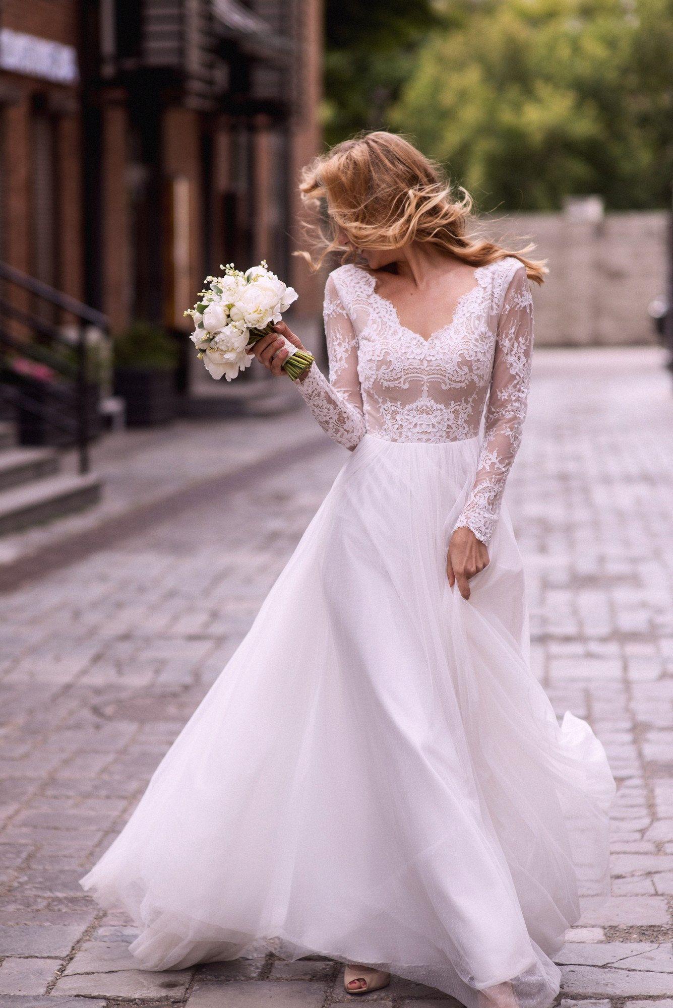 A line wedding dress aline style simple wedding dress