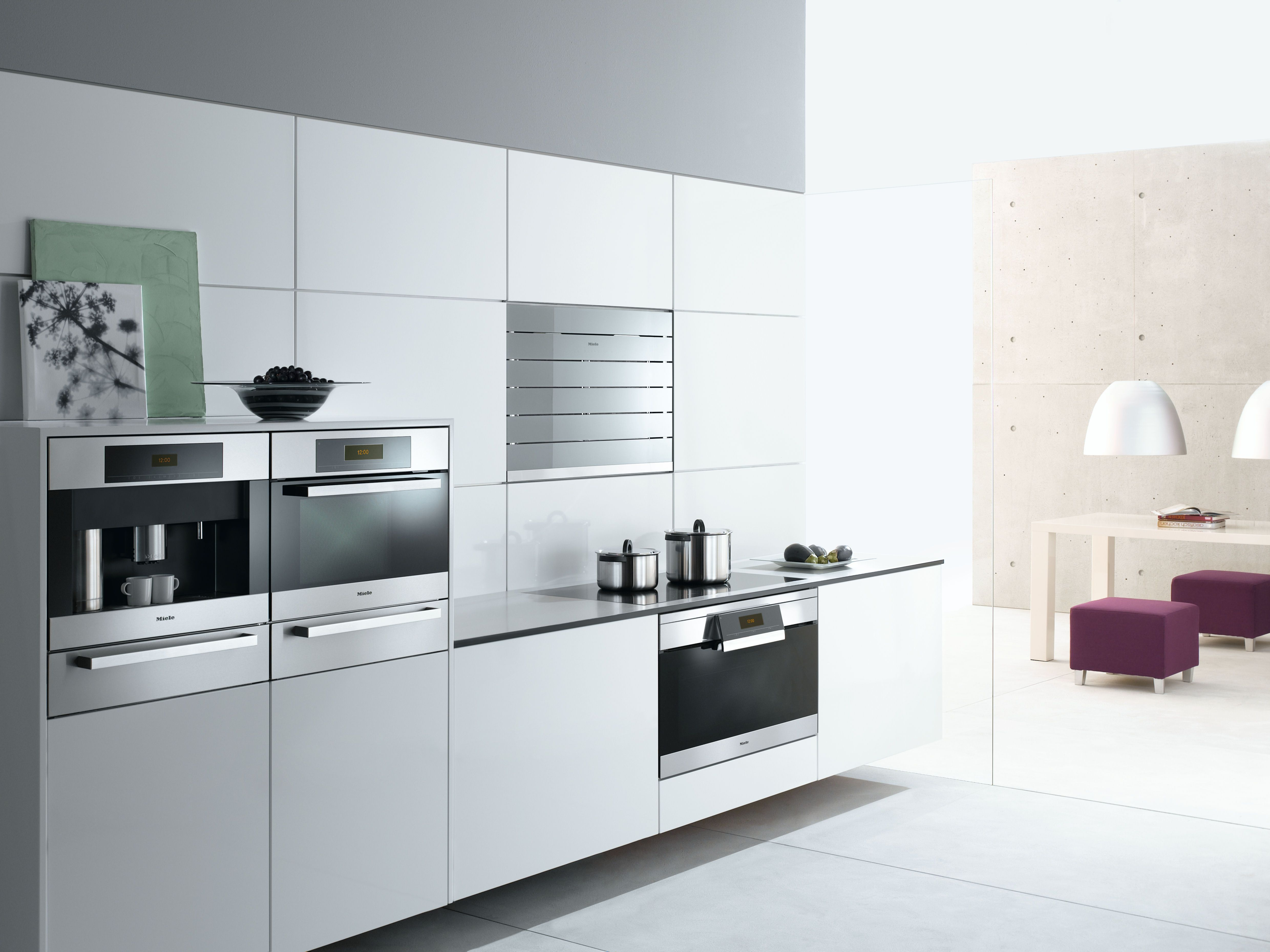 Modern white kitchen with Miele appliances White modern