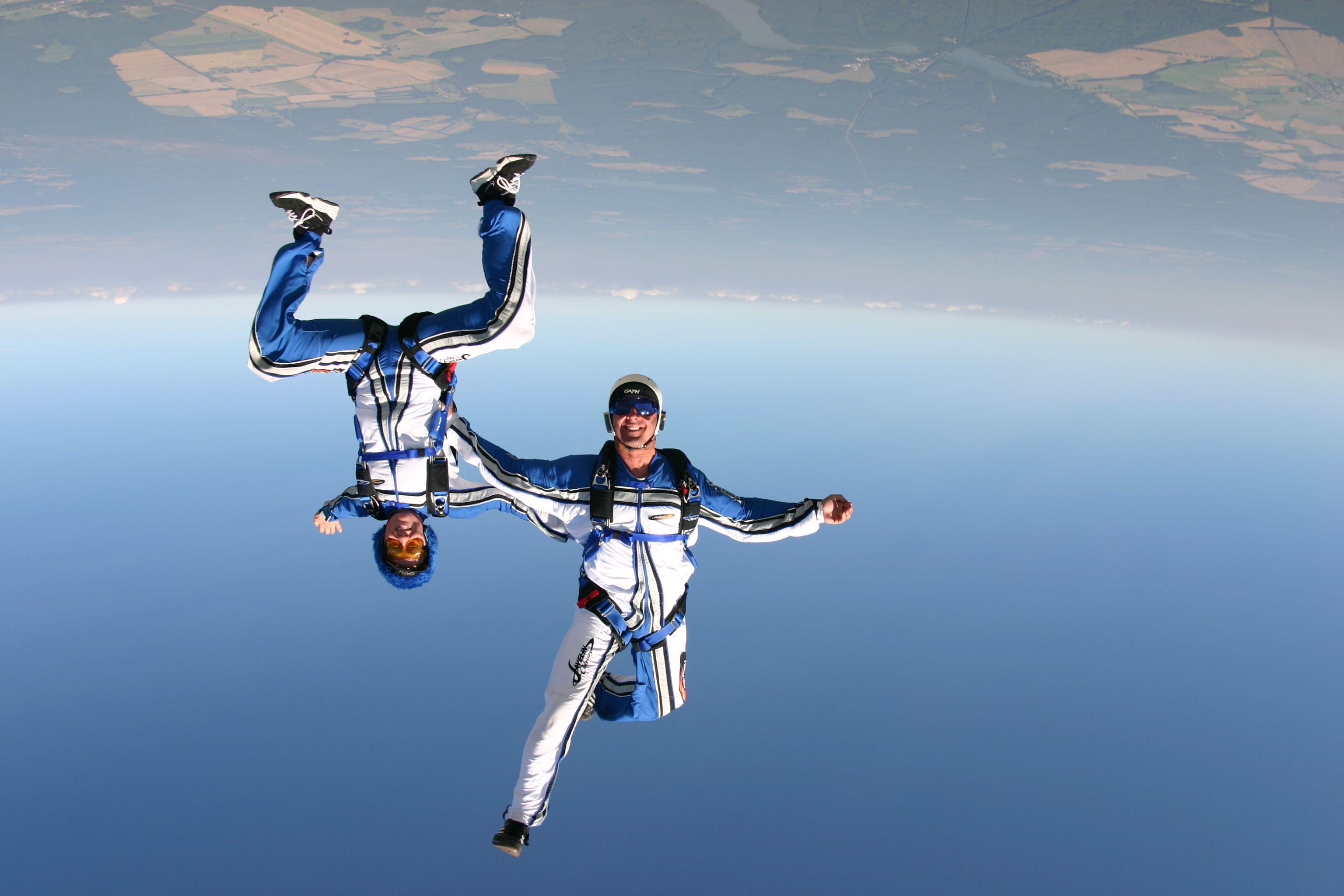 Freestyle Skydiving Skydiving Indoor Skydiving Bungee Jumping