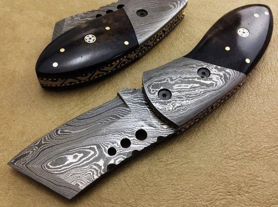 TITAN's EXCLUSIVE Hand made Damascus Folding Hunting Knife Pocket Knife In Brwon Camel Bone handle Liner Lock - Beautiful Gift-2836