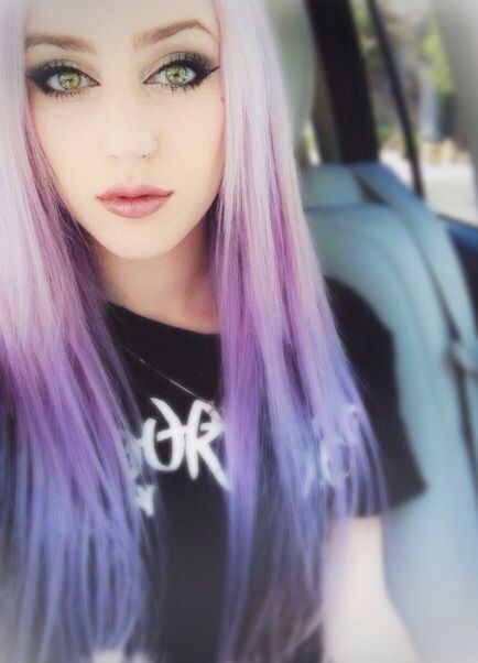 ℒꭷꮴꮛ Her Long Straight Platinum Blonde To Purple To Blue Ombre