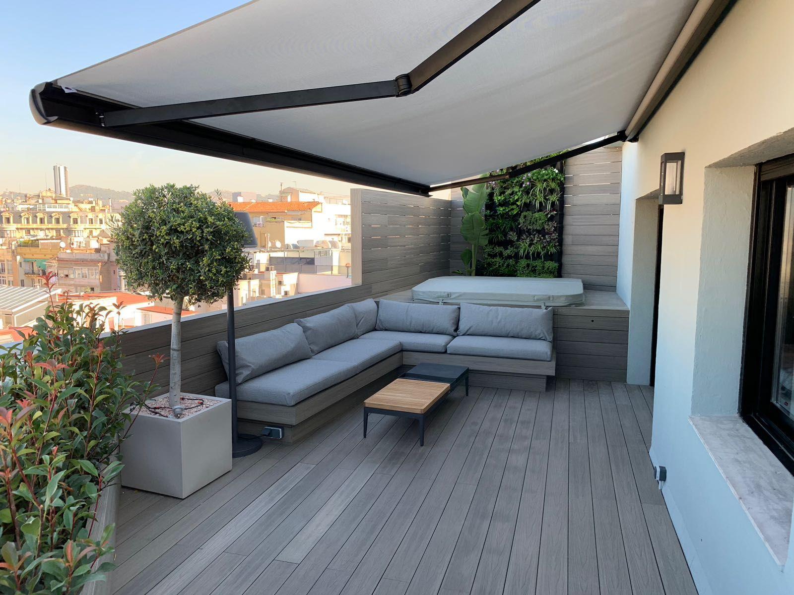 Jardin Vertical Personalizado En Barcelona Diseno De Terraza Diseno De Azotea Jardines Verticales