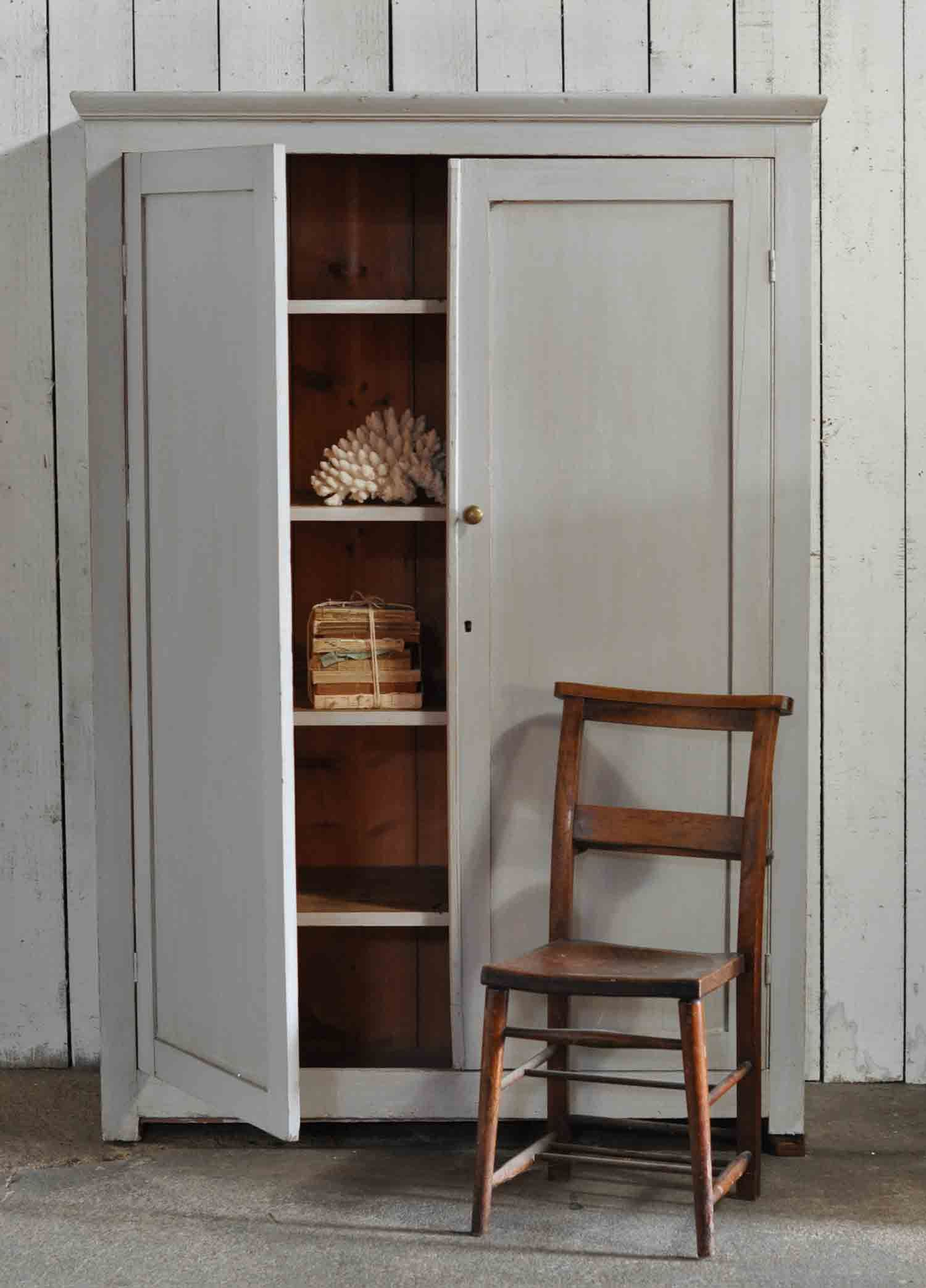 chicken chic cupboard how to rock buttermilk ideas with glass interior in former digsdigs on vintage a decor shabby compartments the your wire