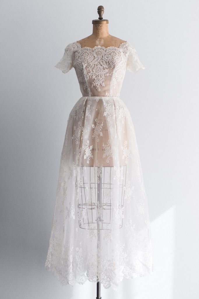 1950s Sheer Lace Chantilly Gown - XS/S