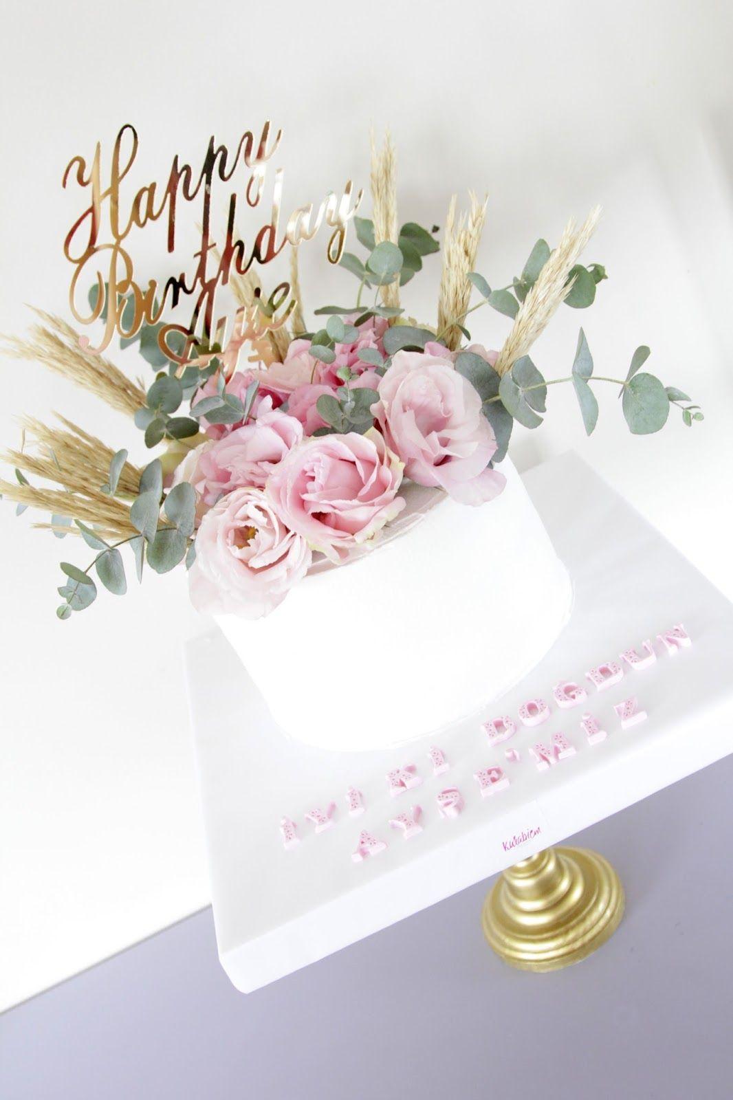 Flower Cake Birthday Cake Lisianthus Cake Cakes For Mothers