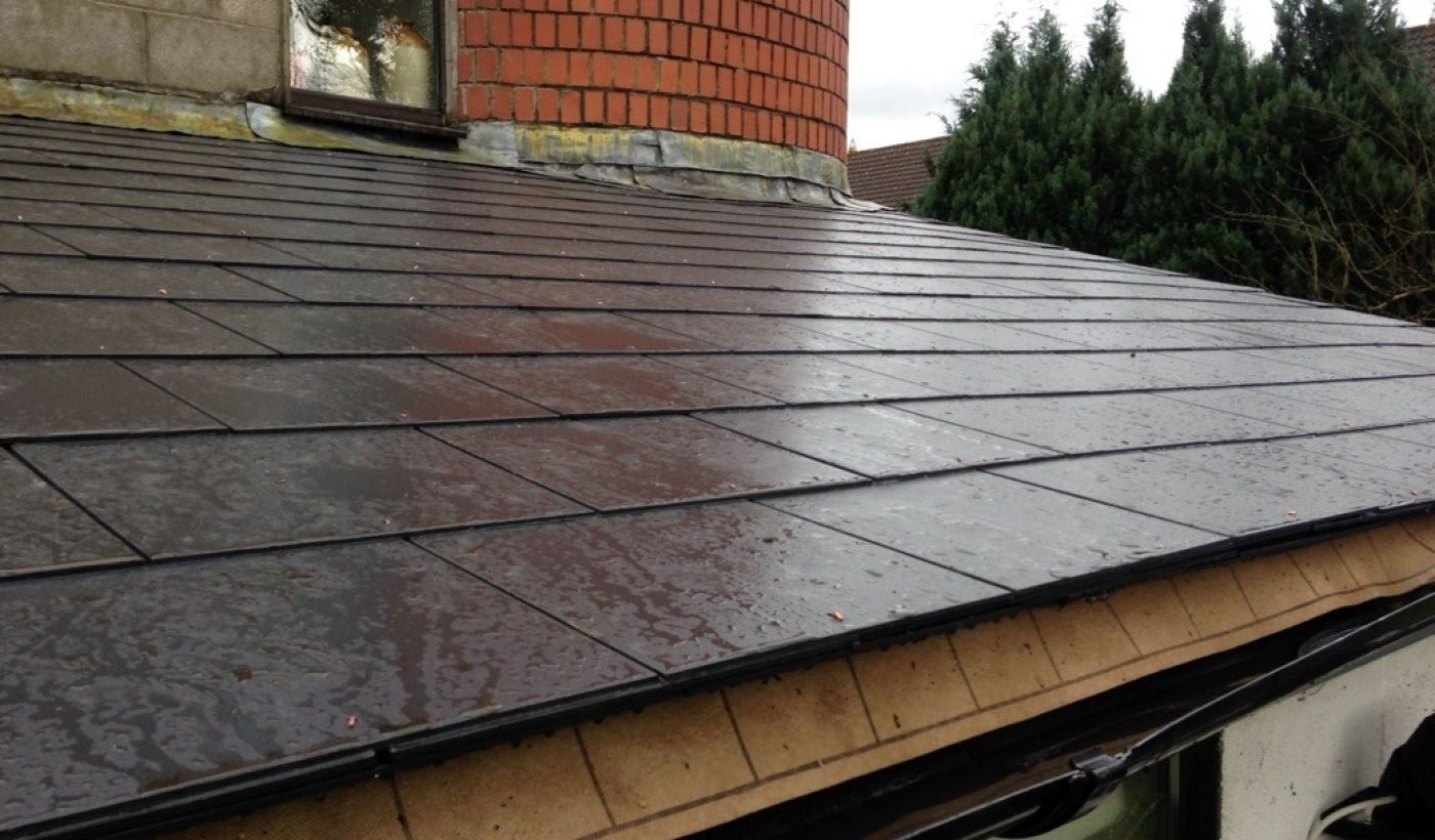 Slated Roof Ennis Road Limerick Roofing Repairs In Cork City And County Roof Repair Fibreglass Roof Roofing
