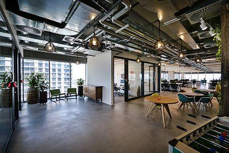 Aspecto industrial en decoración de oficinas modernas | Industrial ...