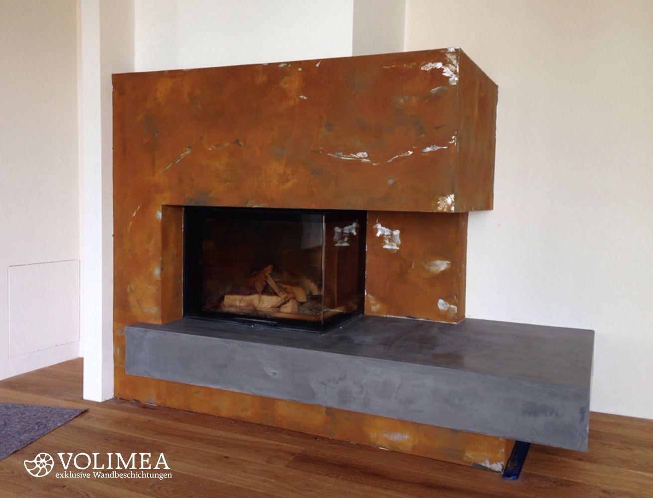 moderner kamin mit edler kaminverkleidung in rostoptik hier hat sich ein designbewusster bauherr. Black Bedroom Furniture Sets. Home Design Ideas