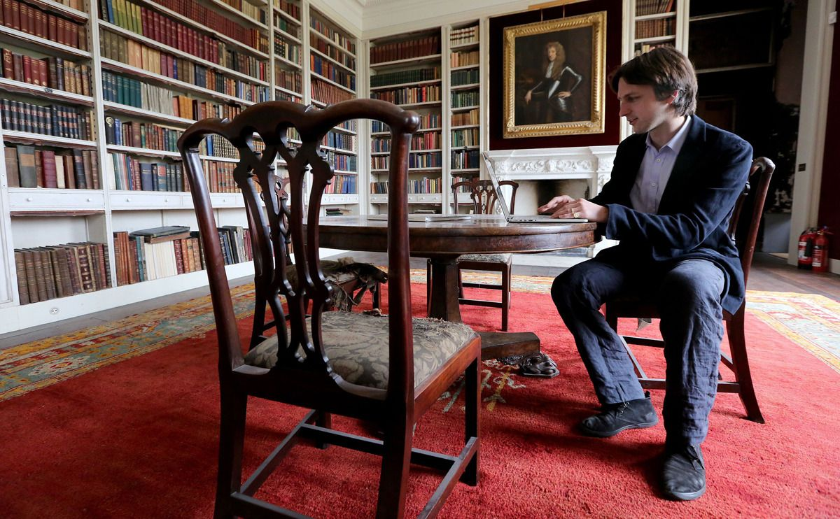 Nick Ashley Cooper 12th Earl Of Shaftsbury In The Library Of St Giles House Wimborne St Giles Dorset St Giles Dorset Library