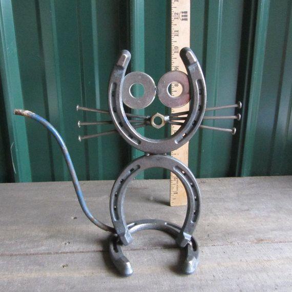 Horseshoe Cat Sitting Etsy Welding Art Projects Welding Art Scrap Metal Art
