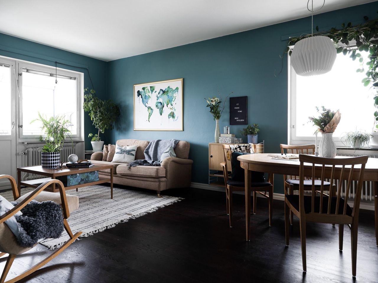 Gestaltung Wohnzimmer ~ Schlichtes wohnzimmer mit modernen möbeln gestaltung wohnzimmer