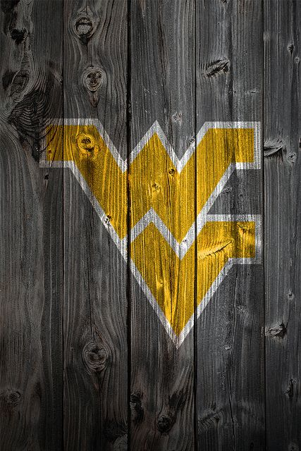 West Virginia Mountaineers Wood IPhone 4 Background