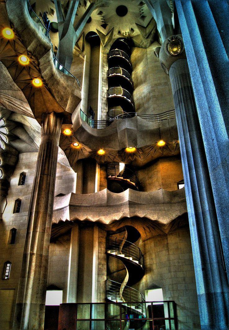 spiral stairs la sagrada familia barcelona images ...