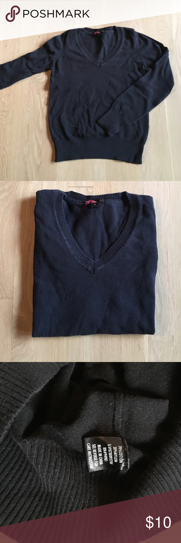 FOREVER 21 black V neck cotton/nylon sweater Plain black cotton/nylon black sweater. Super comfortable and perfect for fall/winter. Size M but could fit a small very well. EUC Forever 21 Sweaters V-Necks