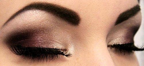 Dark brown smokey eyes
