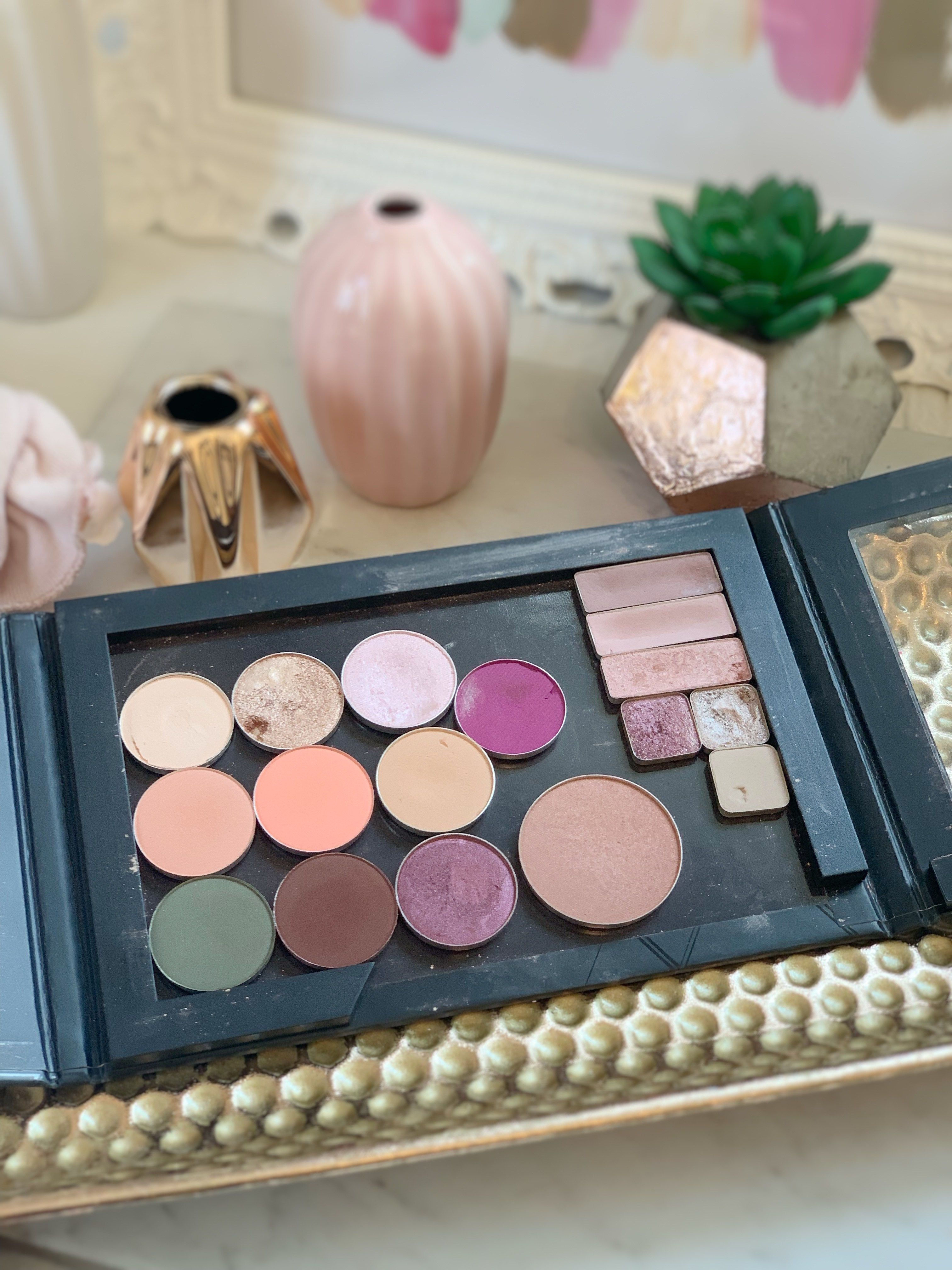 How to Create Your Own Eyeshadow Palette Eyeshadow