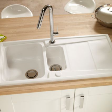 Cooke & Lewis Passo 1.5 Bowl White Gloss Ceramic Sink & Drainer ...