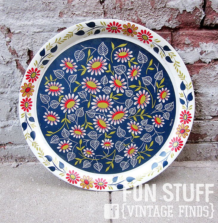 pretty floral pattern on vintage tray
