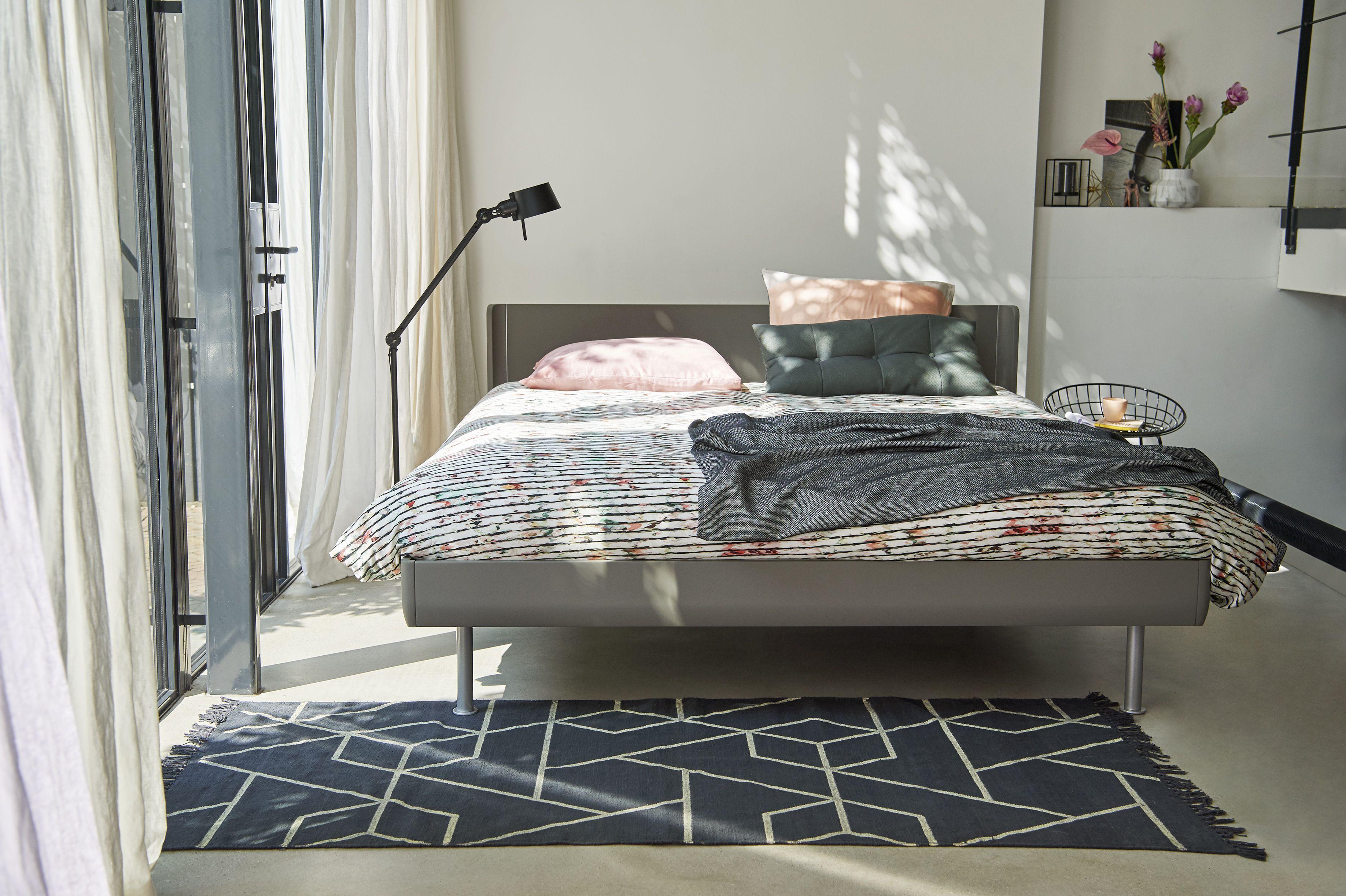 Auping Match#kleur warm grey #meerlo interieur   De Slaapkamer ...