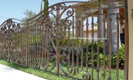 Aluminum Iron Metal Fencing Panels Steel Wrought Iron Fence Panel