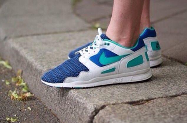 cascada Calvo muerto  Nike air flow woven Qs | Nike, Sneakers nike, Nike air