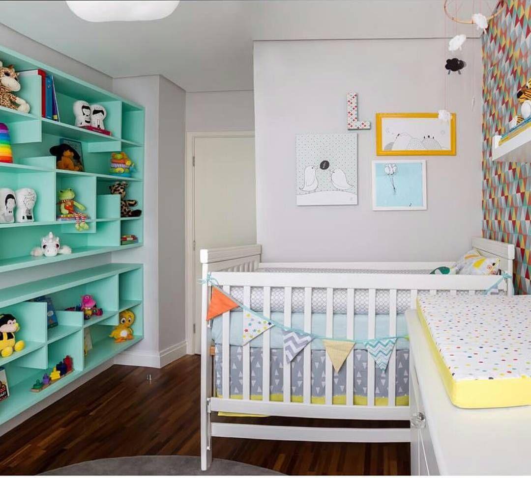 As cores, os formatos e a sutileza  no quarto  do bebê por @annaparisi_arquitetura ☁☁☁☁☁