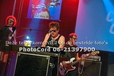 Bestel foto's: 2014-03-15  Cha cha, de Herman Brood Memorial Band