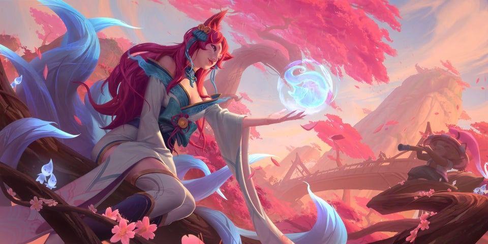 Spirit Blossom Ahri In 2020 League Of Legends Lol League Of Legends Ahri League