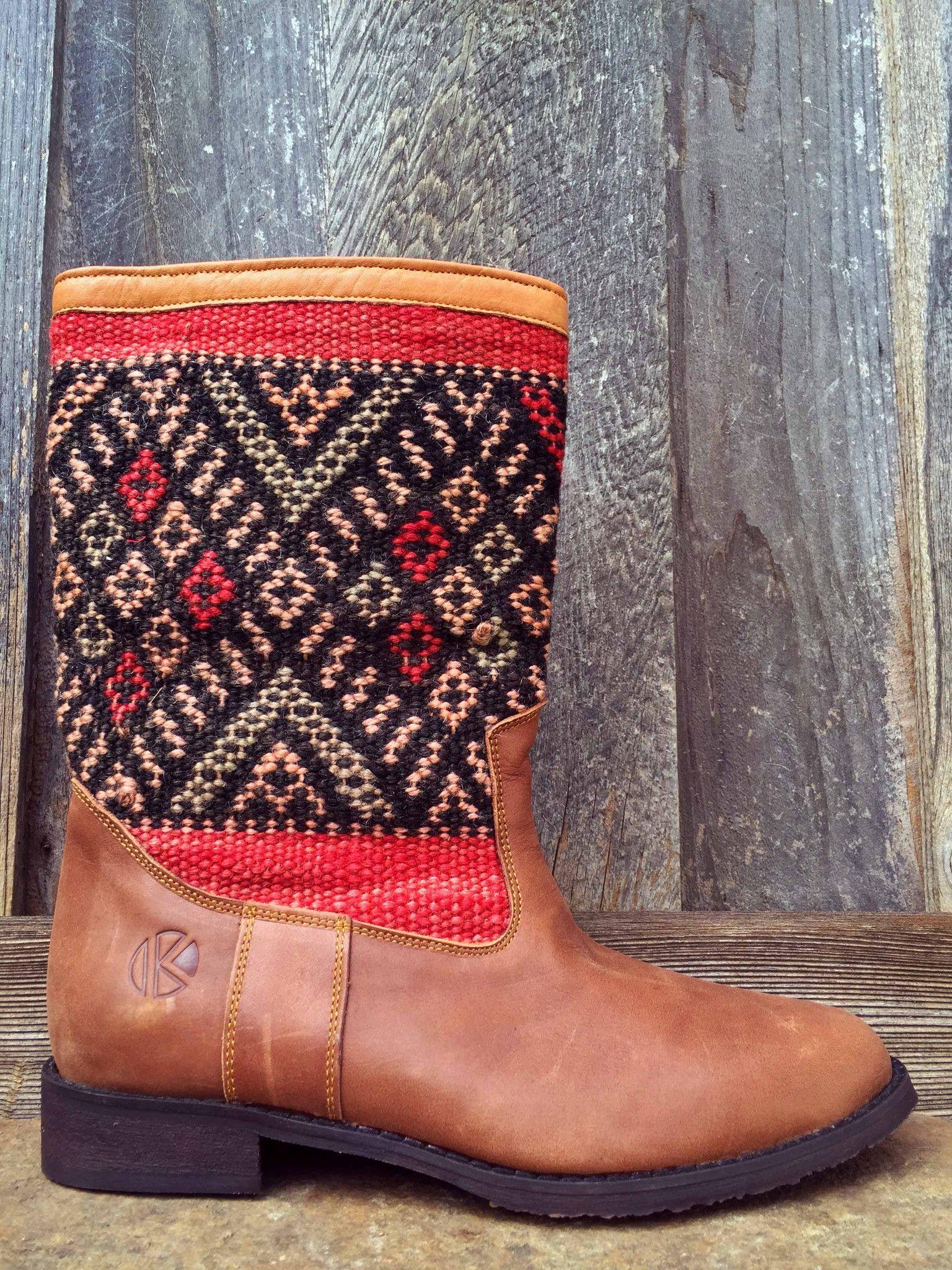 | kiboots | 'leeann' boot - size 40 {9}